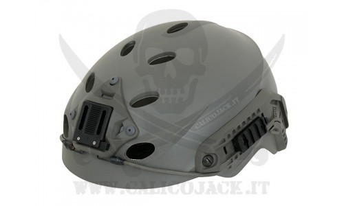 SPECIAL FORCE HELMET GREEN