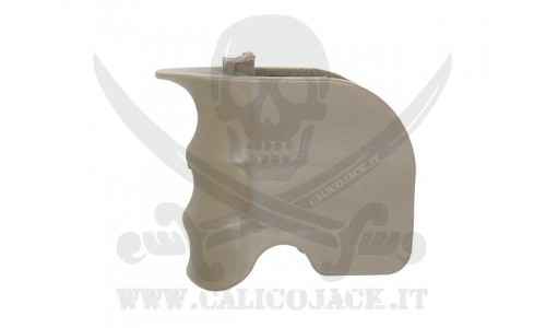 GRIP FOR M4/M16 COYOTE